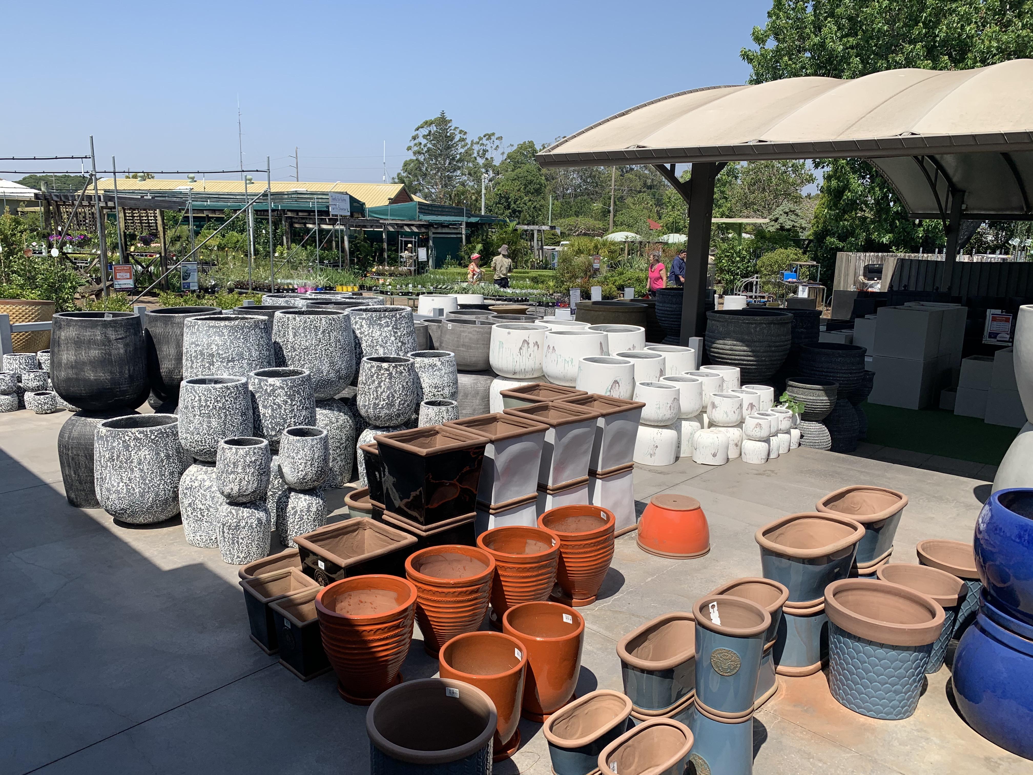 outdoor pots manawee